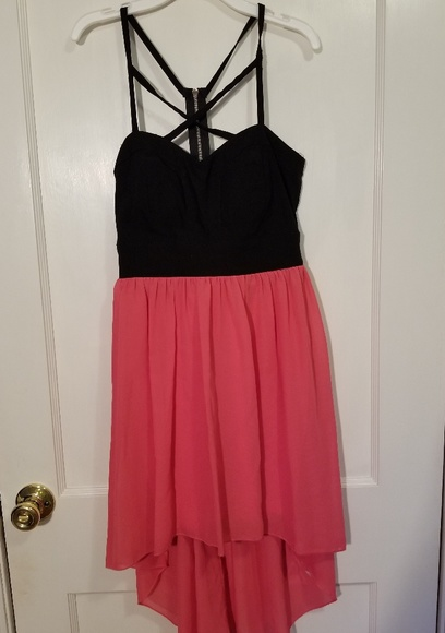 Trixxi Dresses & Skirts - Beautiful Dress